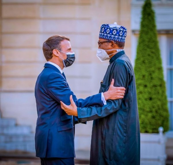 President Macron, First Lady Brigitte Macron receive Buhari at the Elysee Palace in France [PHOTOS + VIDEO]