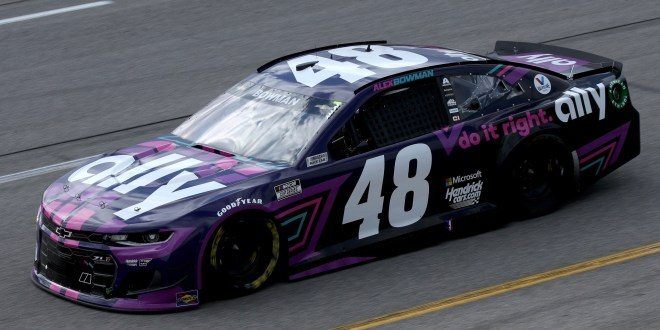 NASCAR at Richmond results: Alex Bowman steals Toyota Owners 400 victory from Denny Hamlin
