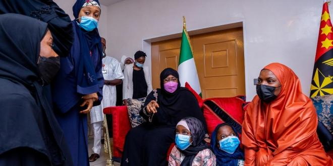 Aisha Buhari commiserates with families of late COAS, others