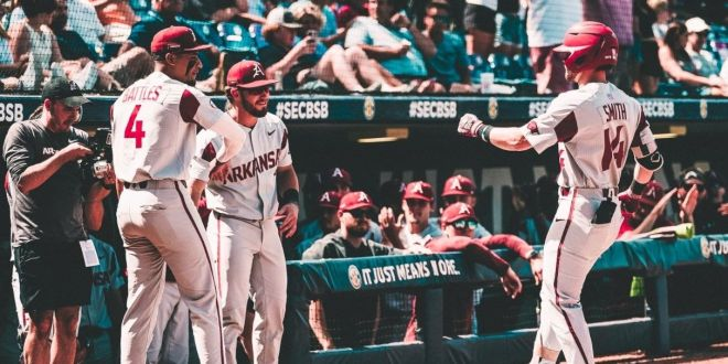 Razorbacks advance thanks to solid relief pitching