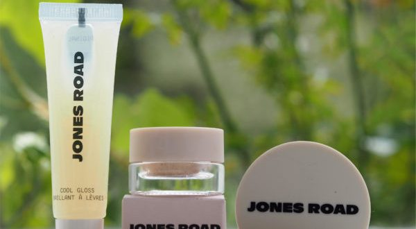 Jones Road by Bobbi Brown Start Up Kit   British Beauty Blogger