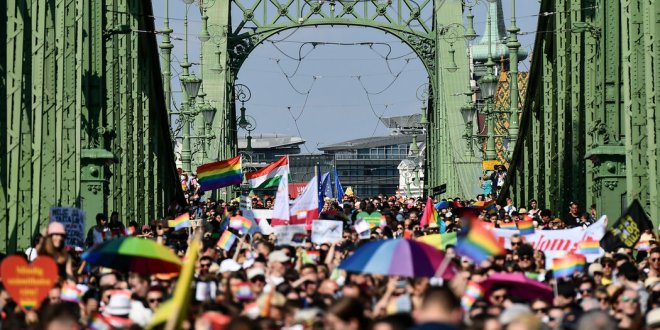 In Hungary, an Embattled L.G.B.T.Q. Community Takes to the Streets