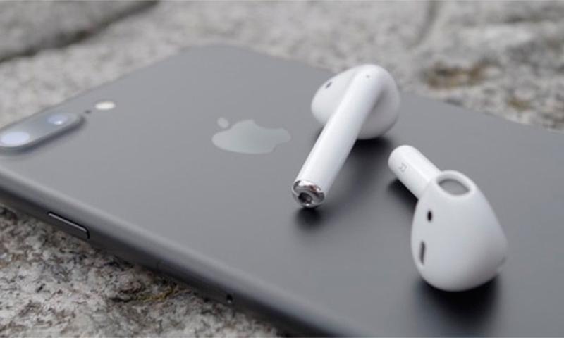 4bf68bbdcd9 Parimad kõrvaklapid Bluetoothiga. Ülevaade Bluetooth-kõrvaklappidest ...
