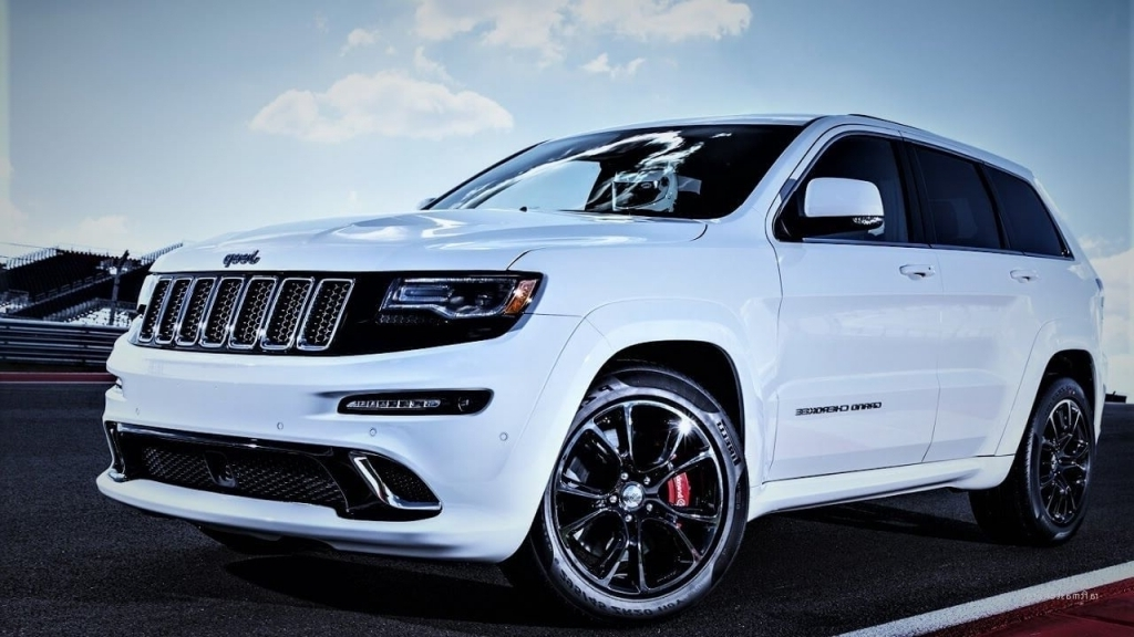 2020 Jeep Grand Cherokee Wallpaper