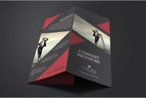 4-tri-fold-brochure