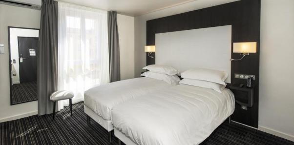Hotel 64 nice topofhotel โรงแรม ที่พัก นีซ 2