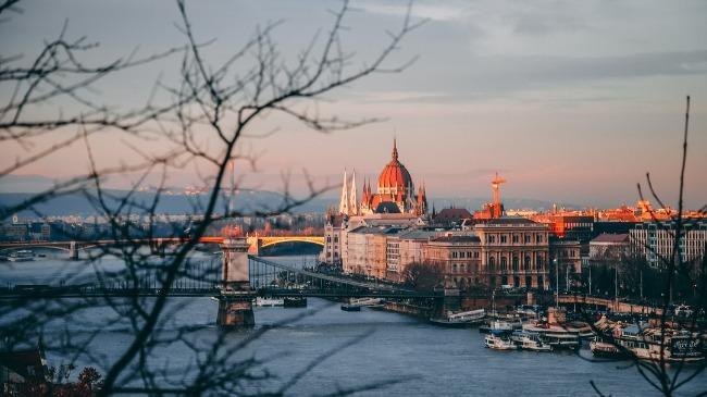 โรงแรม ที่พัก บูดาเปสต์ Budapest Hungary ฮังการี