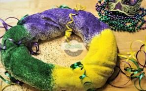 King-Cake-Cinottis-Bakery-Mardi-Gras-Baby-1080x675