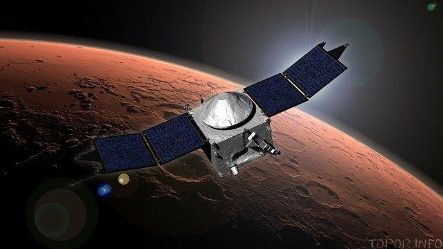 Космический аппарат у Марса
