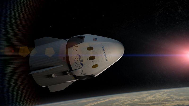 Космический корабль Dragon V2