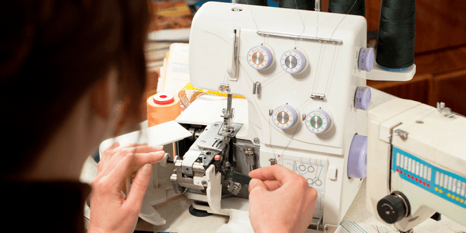 Best Serger for Beginners That Are Easy To Thread – Top 10 Choices