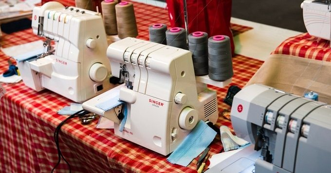 Singer 4411 vs. 4423 vs. 4432 vs. 4452 (What Is The Best Singer Sewing Machine?)