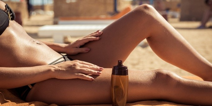 Can You Use Tanning Bed Lotion Outside? (All You Need to Know)