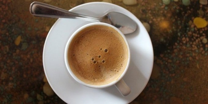 how-to-make-a-Cuban-latte