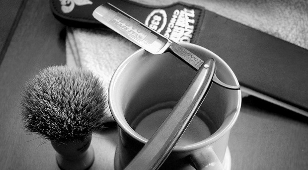 benefits-of-shaving-with-a-straight-razor