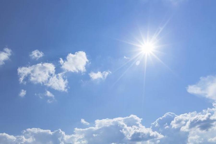 Данас сунчано и топло, после подне пљускови са грмљавином