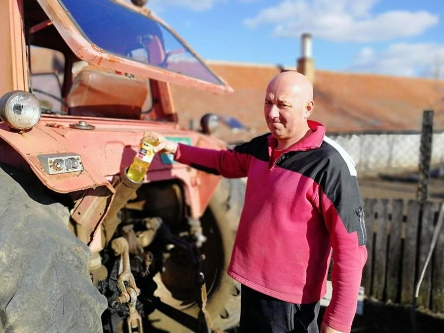 Уместо нафте пољопривредници у трактор сипају зејтин