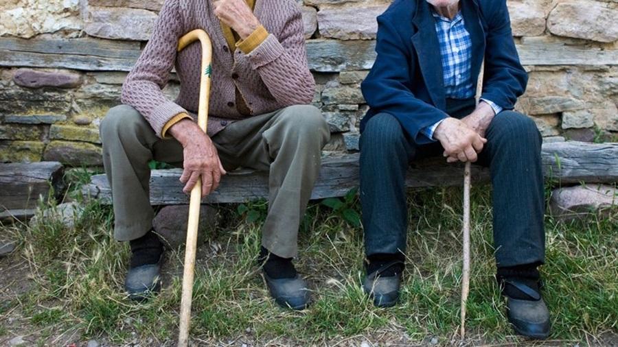 Пензионерима једнократна помоћ и повећање пензија