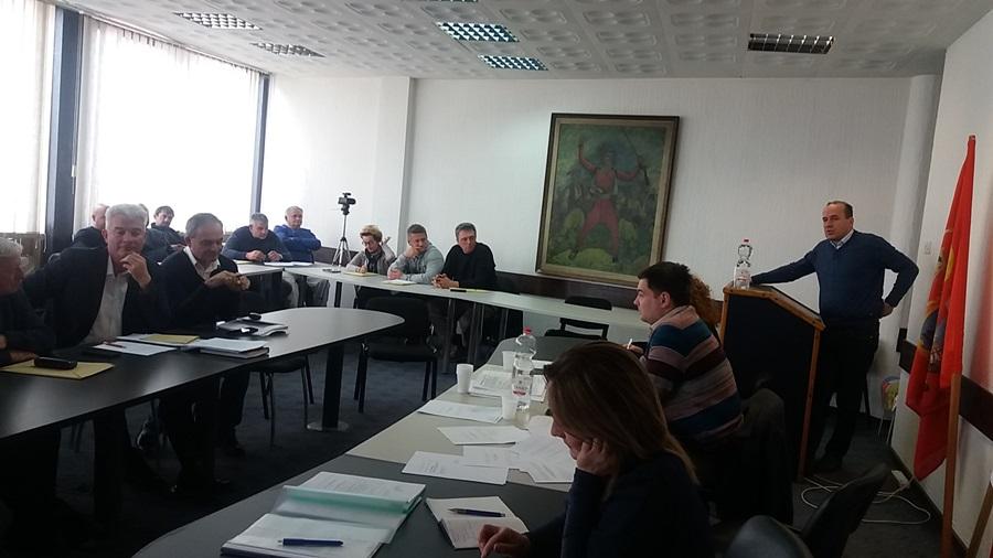 Одборници разматрали извештаје о раду Туристичке организације, Црвеног крста и Општинског већа