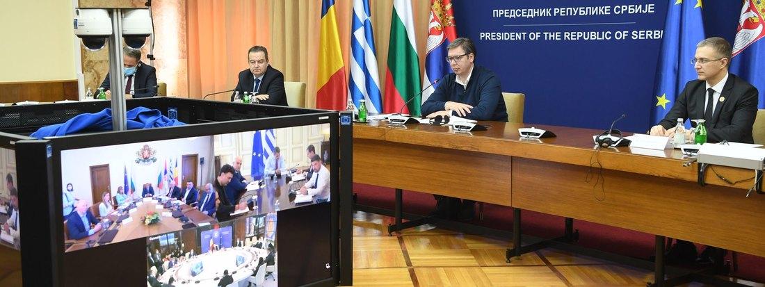 Србија сагласна да се границе отворе 1.јуна, Грчка две недеље касније прима туристе