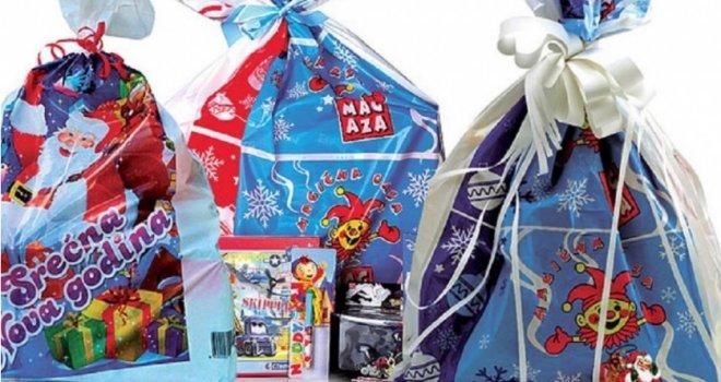 Деца до 15 година добиће поклон пакете од општине Топола