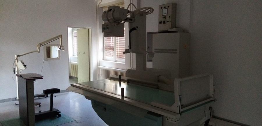 Рендген апарат у Тополи поново у функцији, дневно се уради око 25 снимака (ВИДЕО)