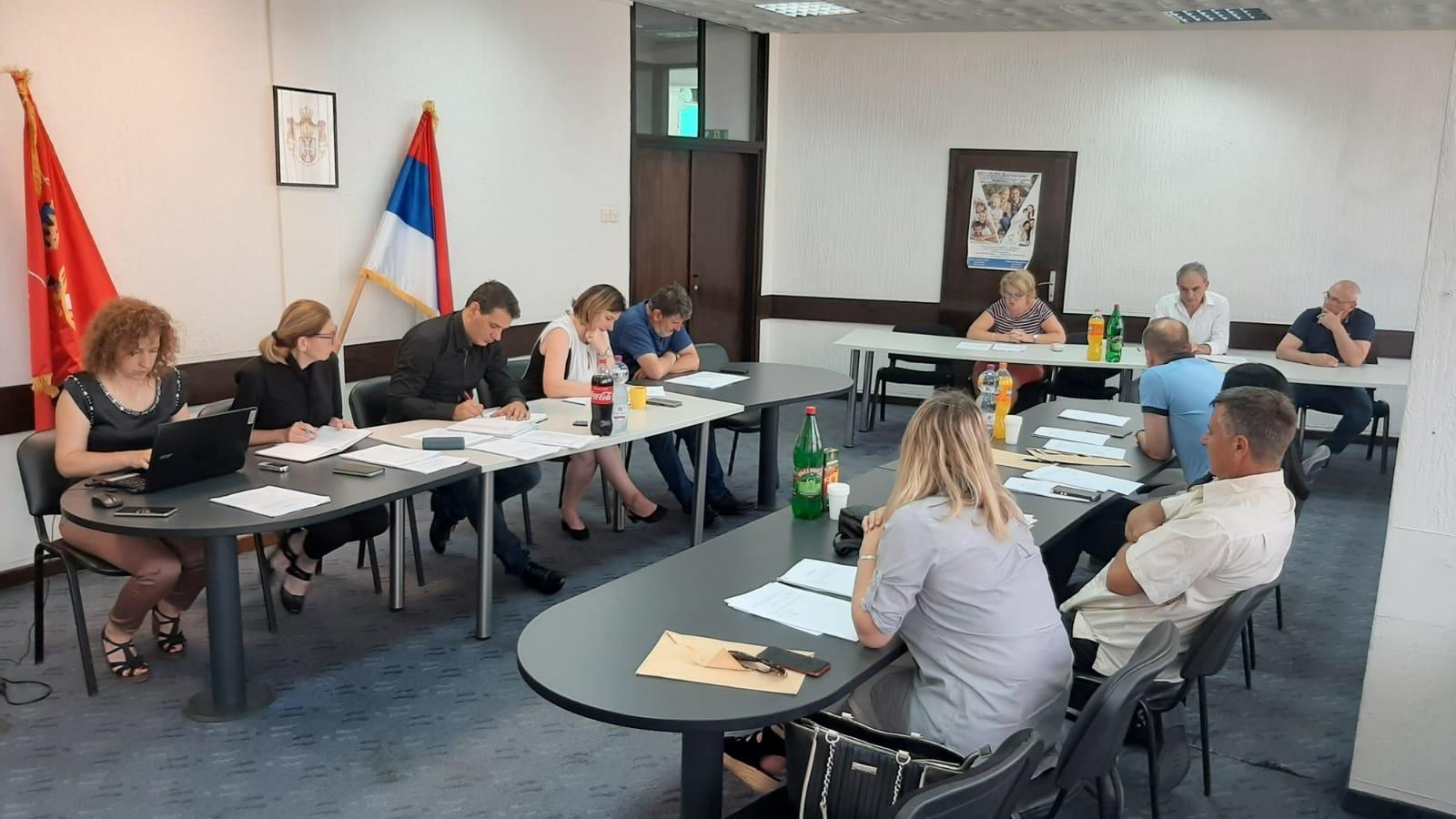 Заседали већници у Тополи: Распоређена средства за спортска удружења