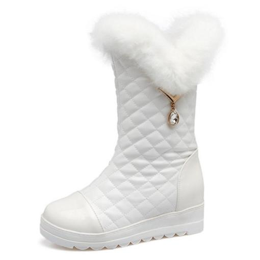 White fur boots size 1