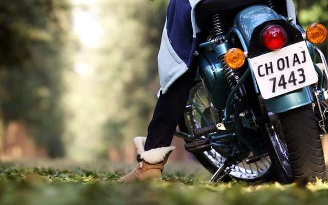 how to wear motorcycle boots