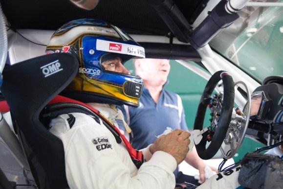 Alessandro Zanardi im BMW Z4 GT3 - Photo: BMW AG
