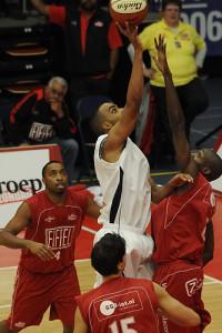 Patrick Frimpong Flow Topsport Brein Basketball