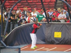 David Ortiz batting in BP