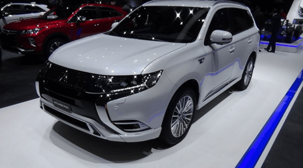 2020 Mitsubishi Outlander PHEV Chanes, Specs and Redesign