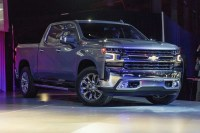 2020 Chevy Avalanche Pictures