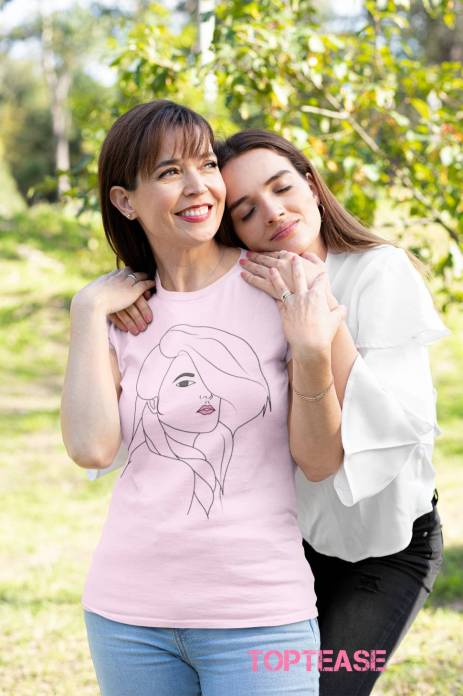 t-shirt-mockup-of-a-woman-smiling-while-her-daughter-hugs-her-32654 (2)