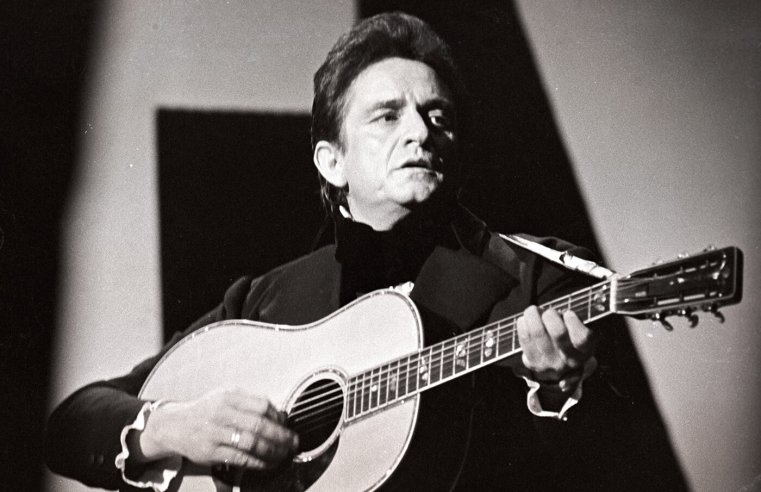 "New album ""reimagines"" Johnny Cash songs for symphony orchestra"