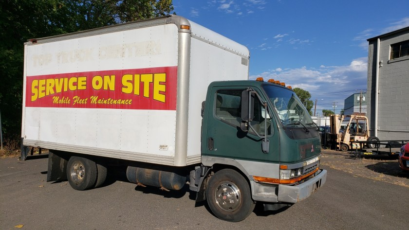 2004 Fuso FE service truck