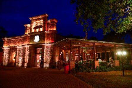 Restaurante no Marco das Três Fronteiras