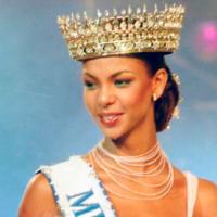 TODO UN ESCÁNDALO- Esta es la historia de la Miss Perú que perdió la corona por ladrona