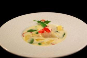 Soupe exotique printaniere de tomme de Savoie et cabillaud