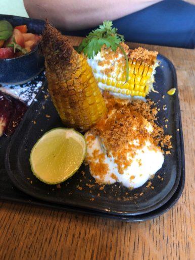 Maïs grillé et sa sauce