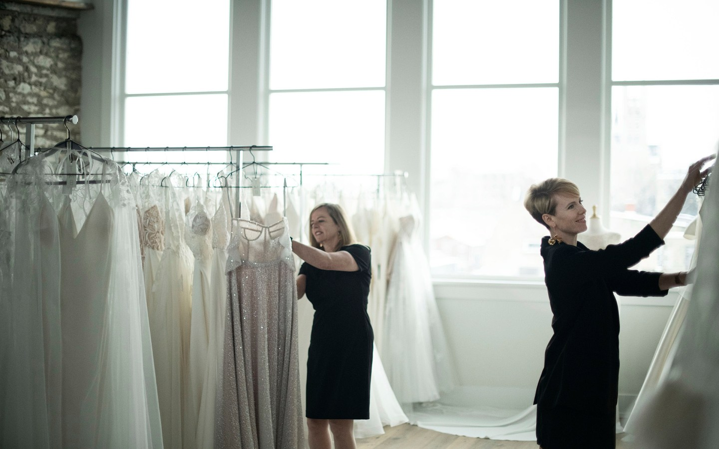 THE MODERN BRIDE: A MOST EXQUISITE EXPERIENCE