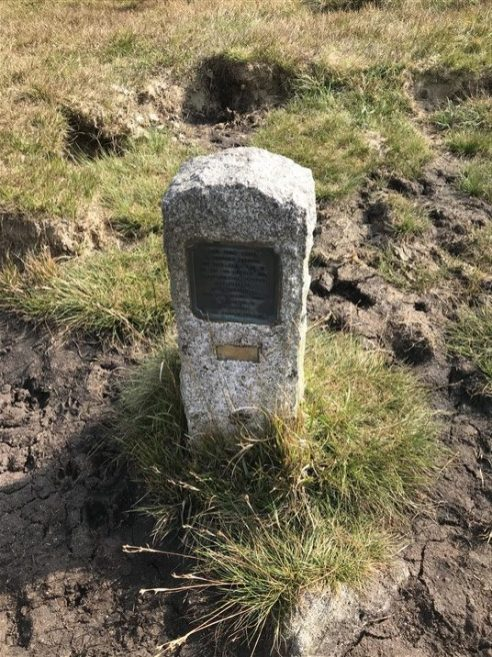 Peat Pass marker, in memory of Frank Phillpotts