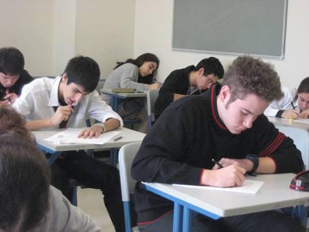 No estudies, vive la vida