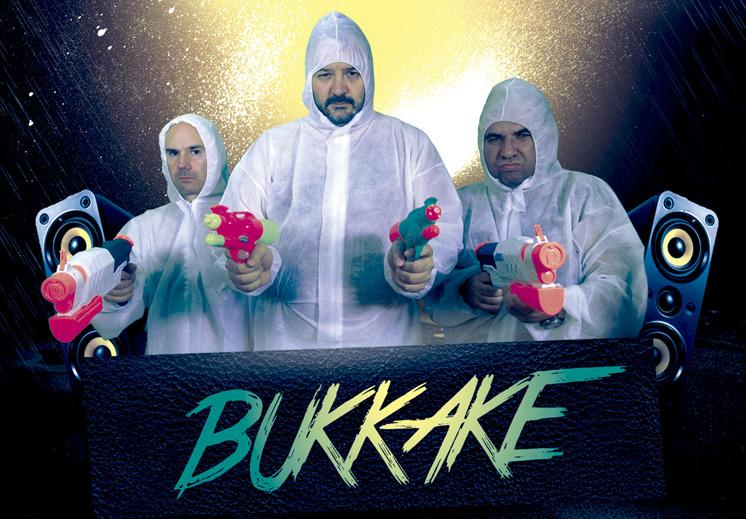 Al final SI se hace el Bukake de hoy!!!! HOY SE PAGAN TRES BUKAKES!
