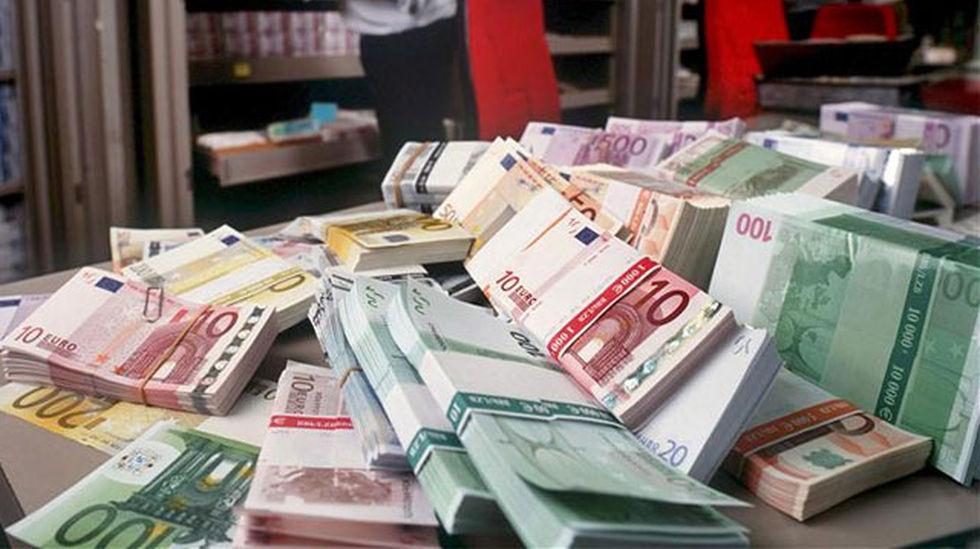 Necesito 10.000 euros para gastar al mes