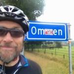 Selfie with Ommen sign