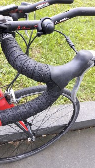 fat-wrap tape on handle bar wrong way