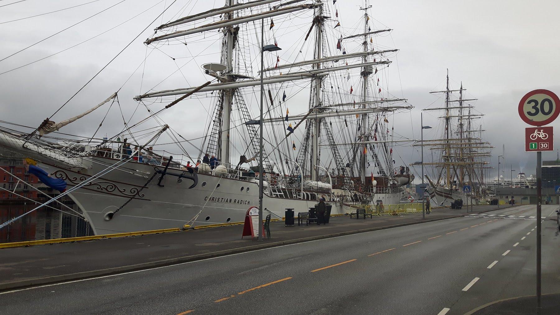 Tall ship Bergen