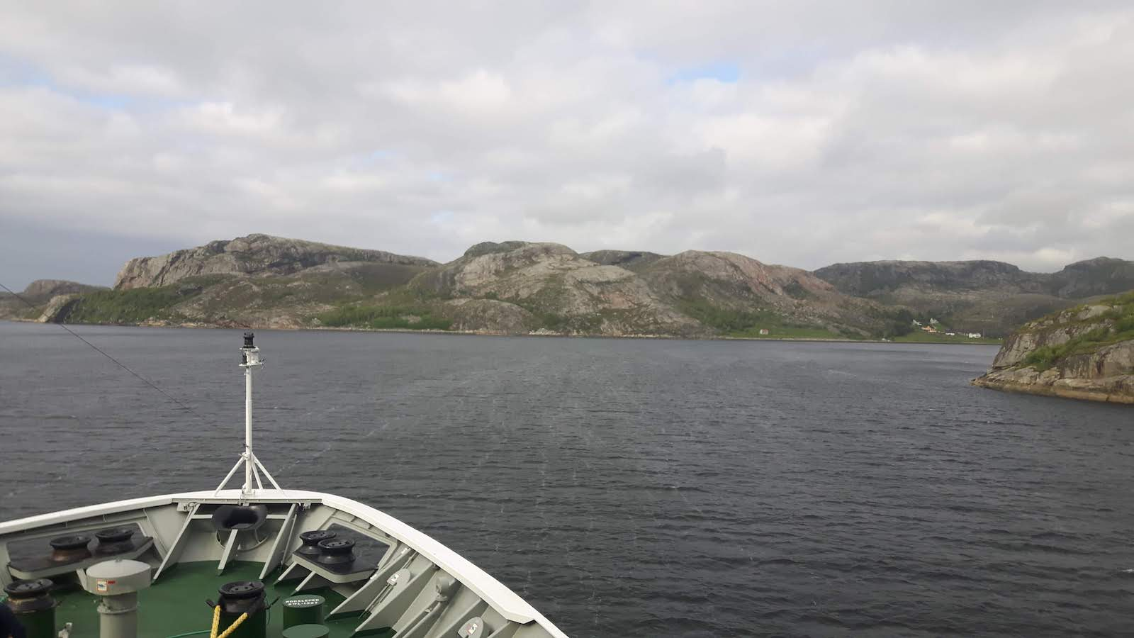 Navigation of coastal passages Norway